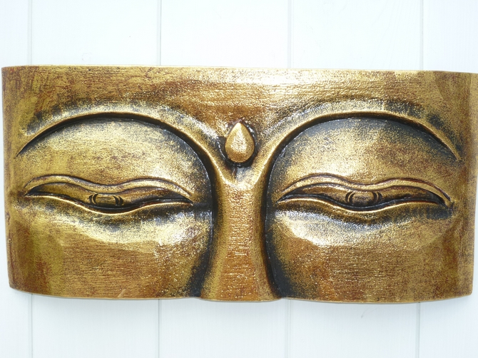 Gold Wooden Eyes of Buddha Wall Plaque (m)