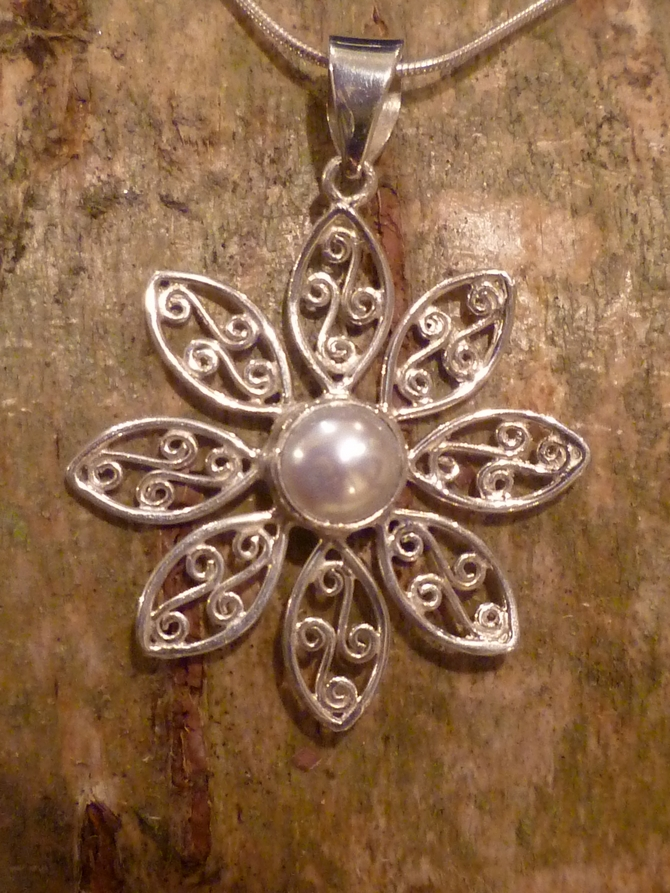 Fresh Water Pearl & Silver Flower Pendant