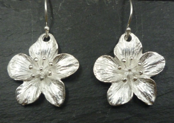Sterling Silver Flower Earrings (L)