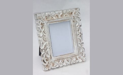 Vintage White Washed Wooden Photo Frame (Leaf)